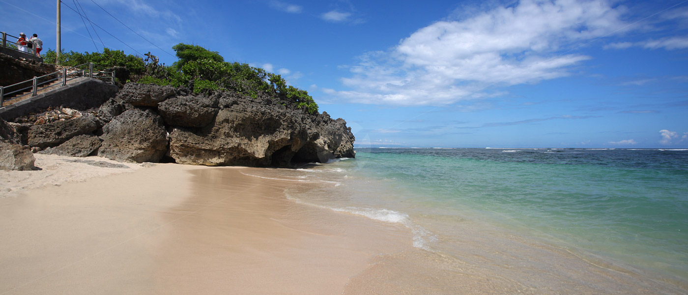 Pantai Geger Trava Id Media Informasi Wisata Indonesia