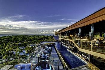 Unique Rooftop Bar and Restaurant