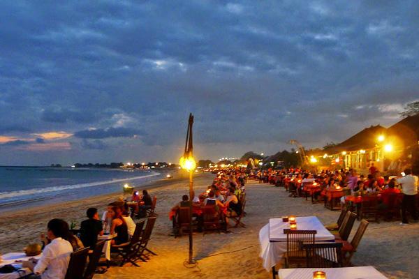 Wisata Pantai Jimbaran, Bali, Indonesia