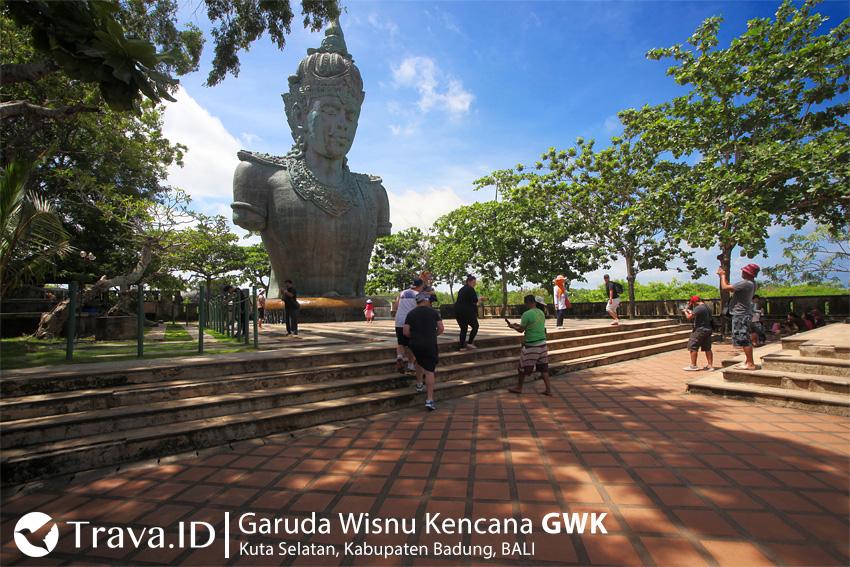Patung Kepala Wisnu di Garuda Wisnu Kencana Bali