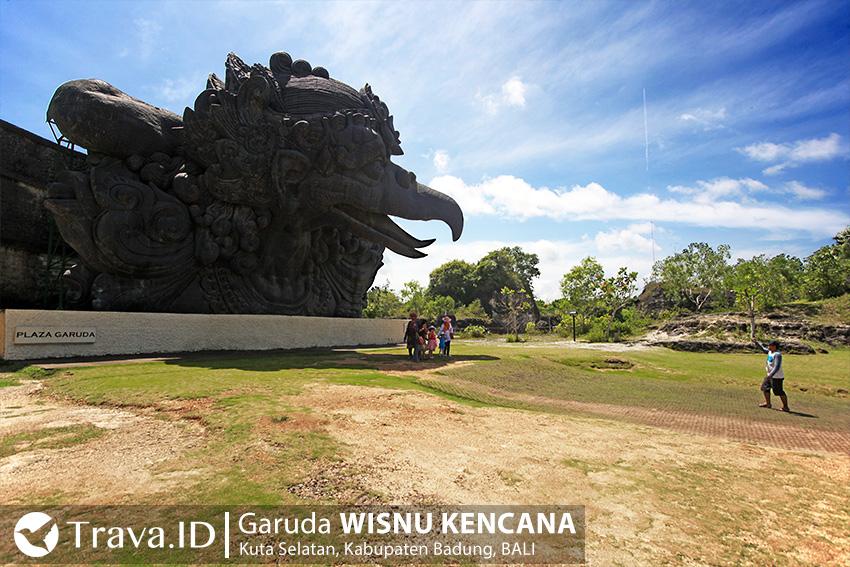 Patung Kepala Garuda di GWK Bali