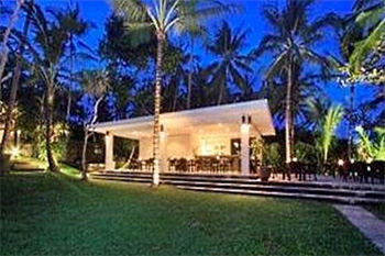 Tides Restaurant Bali