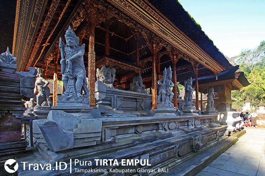 Salah Satu Bangunan Suci di Kompleks Pura Tirta Empul Bali