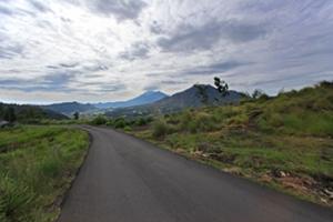 Jalan Menuju Desa Pinggan Kintamani